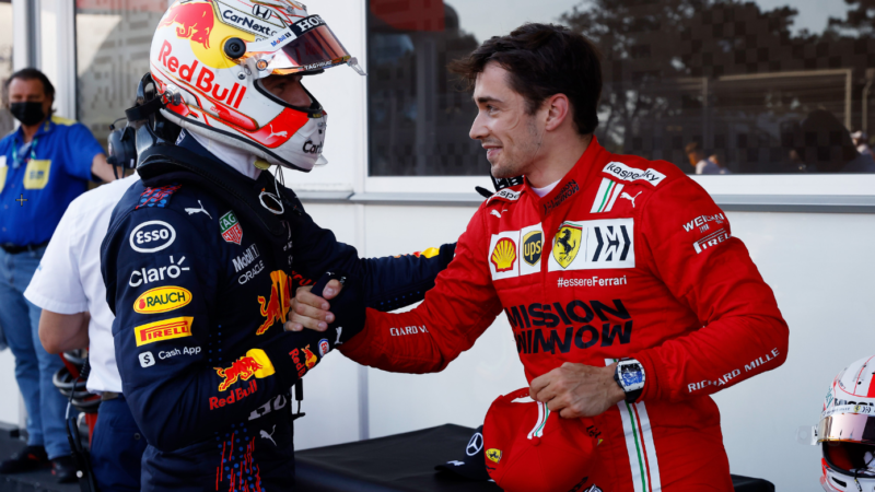 """Qualifiche Baku, Pole di Leclerc; Verstappen infuriato: """"è stata una m*rda"""""""